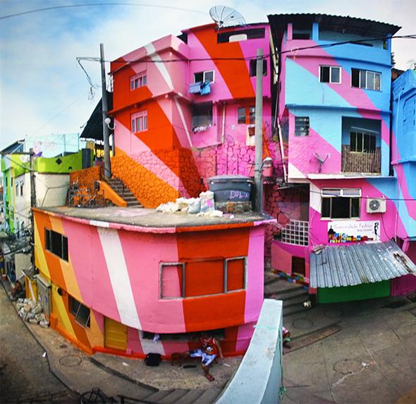 Favela Painting