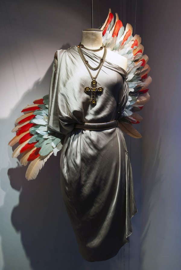 lanvin birds of paradise paris windows 15 600x897 Scénographie Lanvin : la perfection atteinte