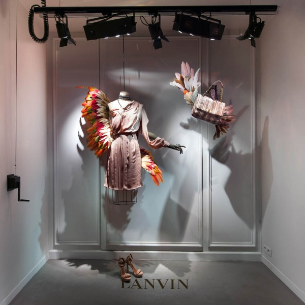lanvin birds of paradise paris windows 6 600x600 Scénographie Lanvin : la perfection atteinte