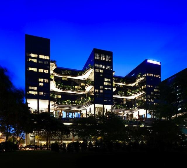Parkroyal-Singapore-Architecture19-640x576