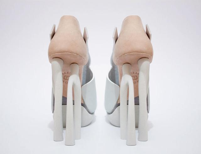 Chaemin-Hong-Bone-Inspired-3D-Printed-Shoes-High-Heels-Pumps-4