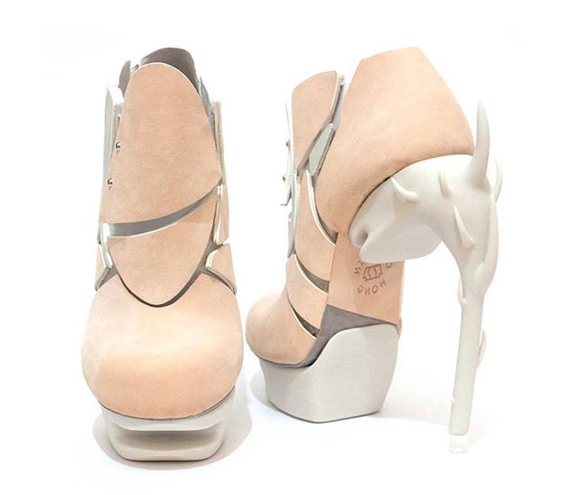Chaemin-Hong-Bone-Inspired-3D-Printed-Shoes-High-Heels-Pumps-5