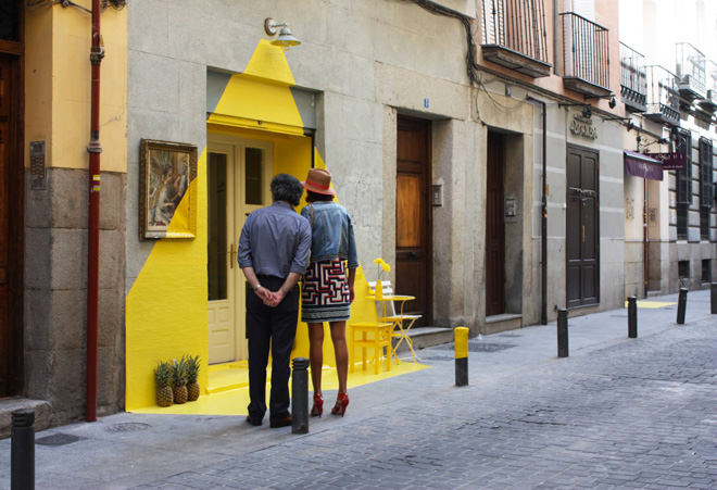 2-the-ephemeral-lighting-installation-by-fos-in-madrid