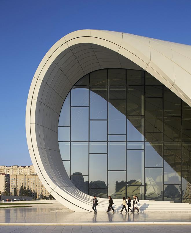 0-heydar-aliyev-center-by-zaha-hadid-architects-photo-by-Hufton-and-Crow