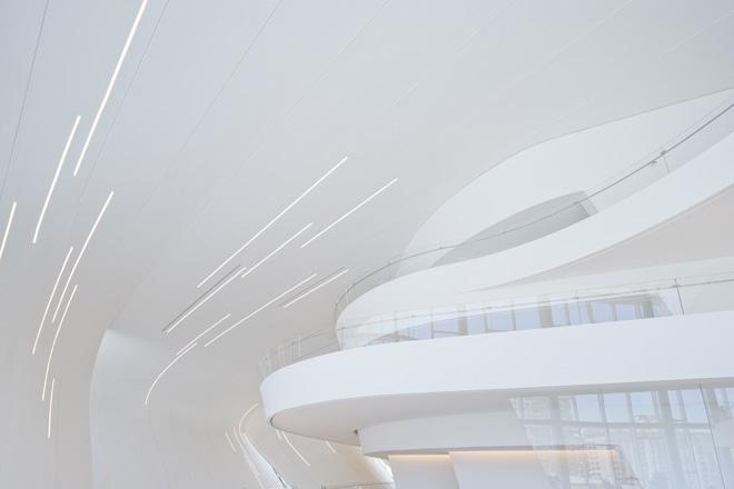 9-heydar-aliyev-center-by-zaha-hadid-architects-photo-by-iwan-baan