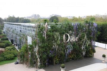 Dior-Catwalk-Paris-SS14-4