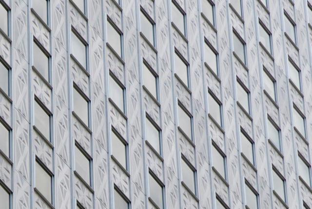 19-New-York-Socony-Mobil-Building-640x429