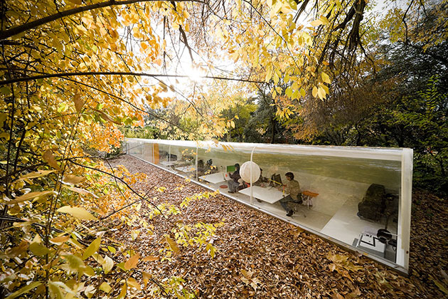 Selgas-Cano-Architecture-Officie-in-the-Woods-of-Madrid-1