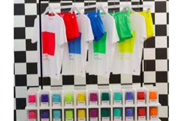 Bonne-nouvelle-Pantone-Colorwear-ouvre-a-Paris_exact780x1040_p