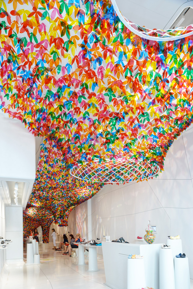 1-we-are-flowers-installation-by-softlab-at-galeria-melissa-nyc