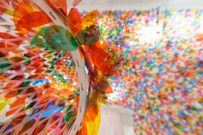 3-we-are-flowers-installation-by-softlab-at-galeria-melissa-nyc