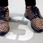 Elisa Strozyk revient avec des sneakers en bois