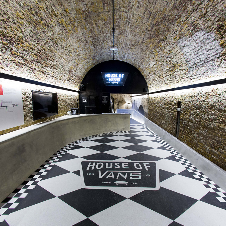 8-a-closer-look-at-the-house-of-vans-london