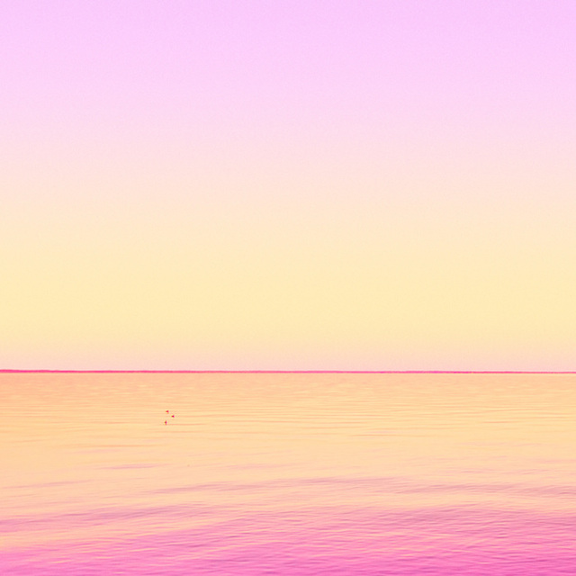 Candy-Colored-Minimalism-Photography-20