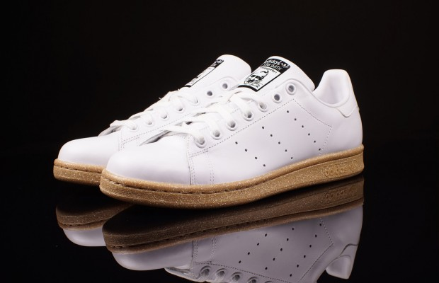 stan smith semelle gomme