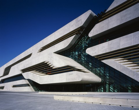 zaha-hadid-architecture-spanky-few