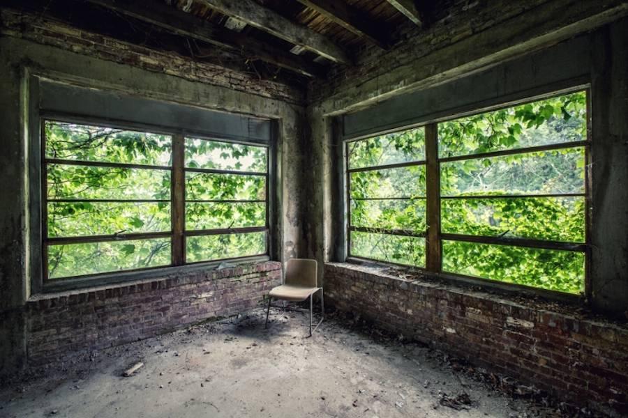 Abandoned-Asylums- Matt-Van-der-Velde-urbex-spanky-few