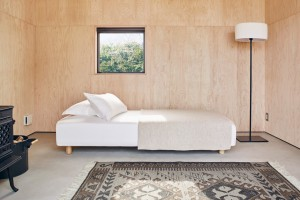 tiny-house-muji-hut-spanky-few-1