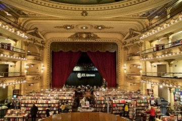 Le Grand Splendid Theater