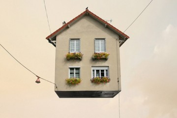flying_house_Laurent-Chehere-2