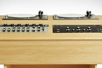 DJ-console-par-Bad-Habits