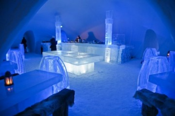 ice-hotel-in-finland-8-600x399