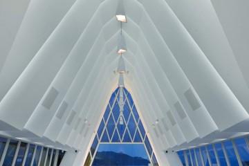 The-White-Chapel-Hong-Kong3