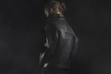 Lorez-Wooden-Clothes-3
